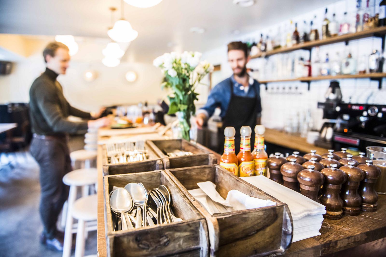8fb26cd21d47 Nørrebro har fået cool cocktailcafé med tømmermændsfavoritter