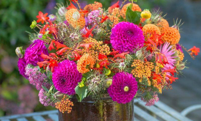 Blomster, blomster, blomsterbuket.