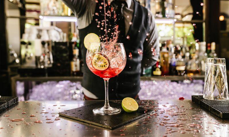 Gratis online cocktailkursus Foto Getbartende.com