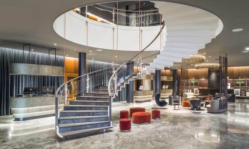 SAS Royal Hotel i København er fuld af Arne Jacobsens ikoniske designs. Foto: Dansk Arkitektur Center