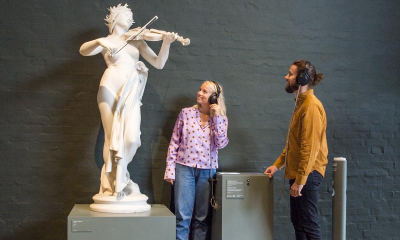 Nu kan du lytte til kunsten på Glyptoteket. Foto: PR